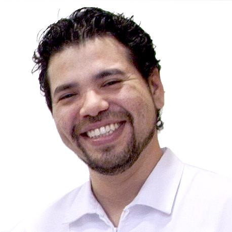 Dr. Federico Pedroza